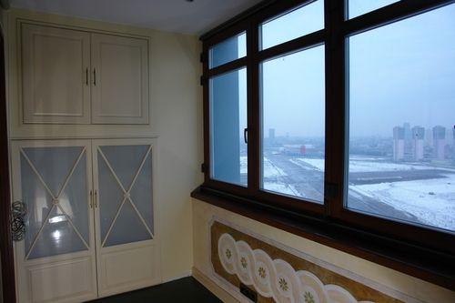 dekorativnaya_shtukaturka_na_balkone_05